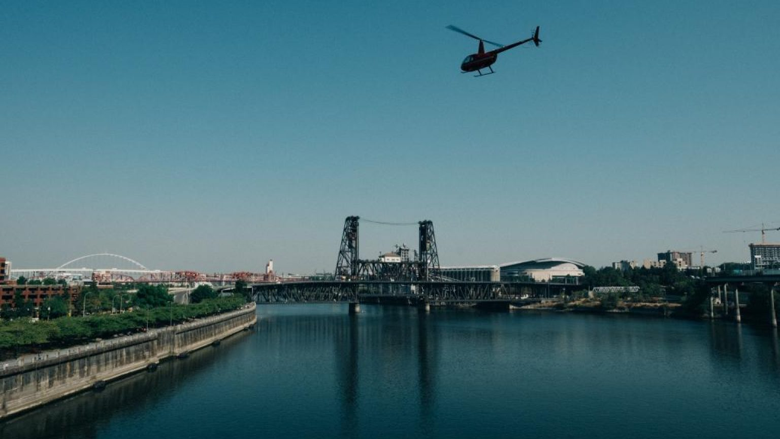 Helicopter flying over portland 1024x683
